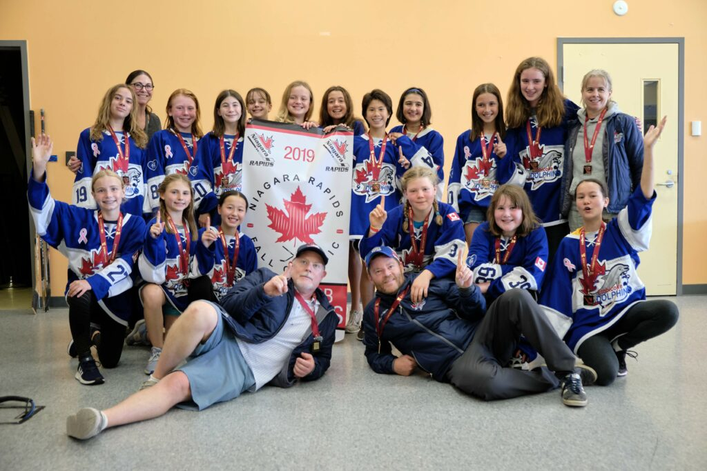 Our Dolphins PeeWee BB win gold in Niagara Falls.